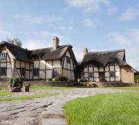 Parsons Hall Farm and Tithe Barn (13)
